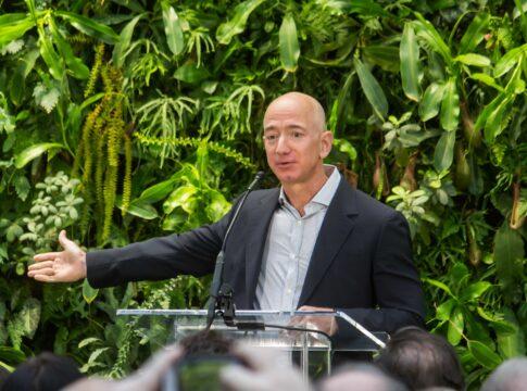 Google, Amazon, Apple, Facebook sotto accusa
