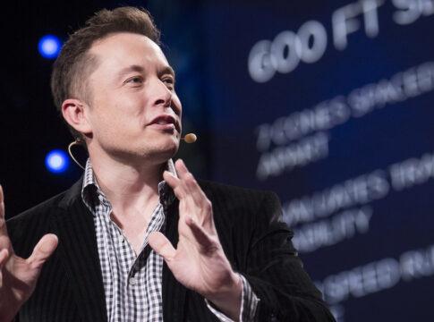 Tesla come Apple: split azionario e raggiunge il +12.226%
