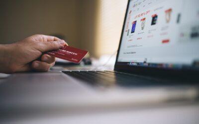 Cos'è il commercio elettronico e quale è la differenza tra diretto e indiretto