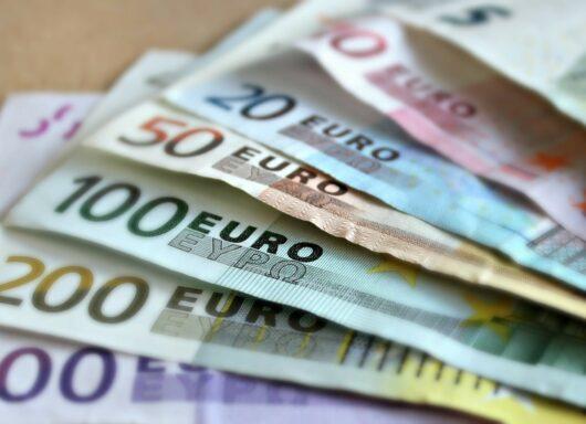 Incentivi MISE: stanziati 100 milioni destinati a PMI ed enti locali