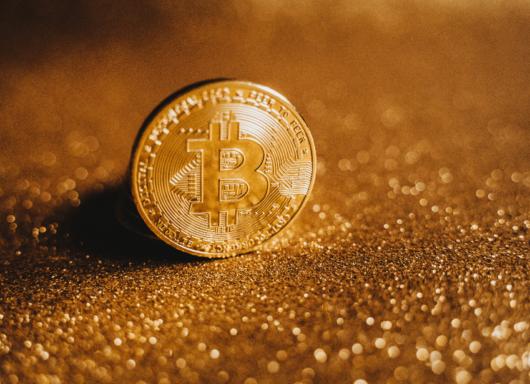 Criptovalute: non solo Bitcoin, Ethereum + 400% da inizio anno